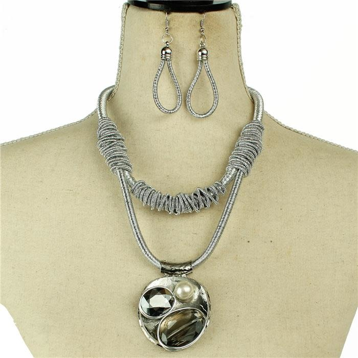Touch My Heart Necklace Set