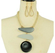 Chutes & Ladders Necklace Set