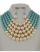 Pretty In Pearls Necklace Set