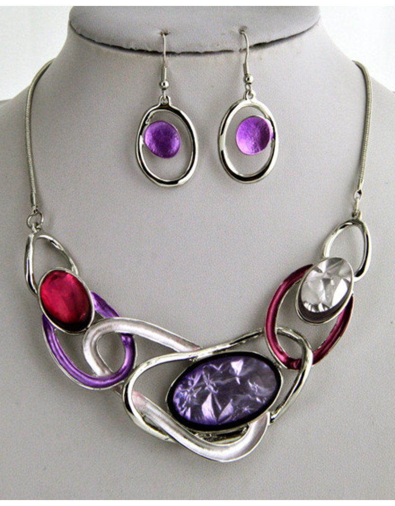 Caught In The Act Necklace Set