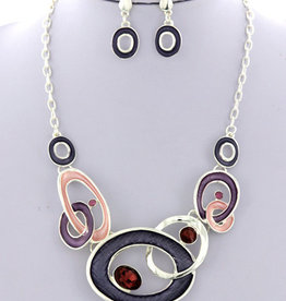 Looped In Necklace Set