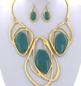 Wrapped Up Necklace Set