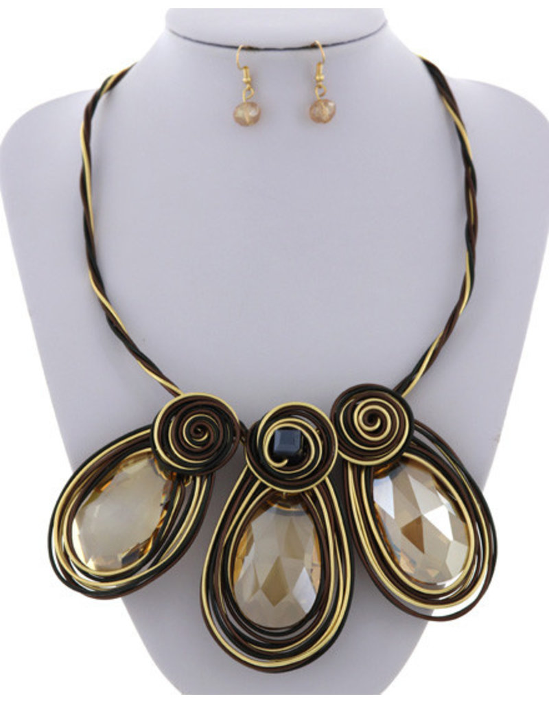 Lost Stone Necklace Set