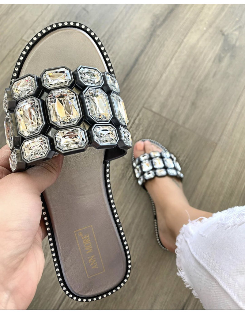 Lucky Jewel Sandals Pewter