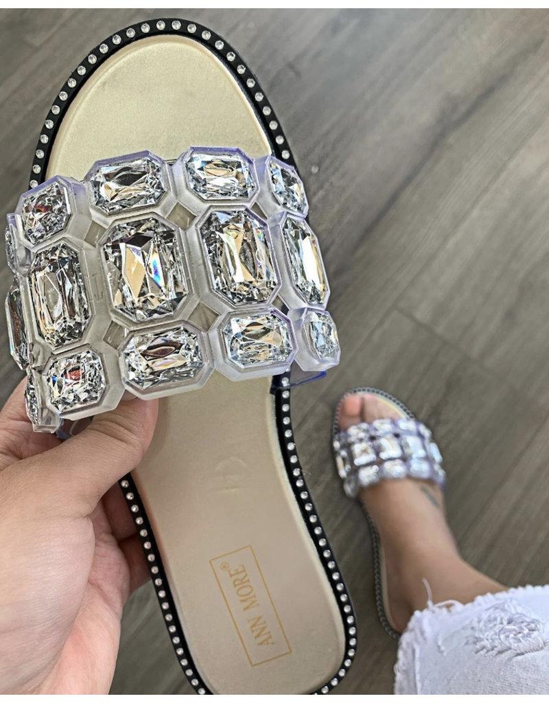 Lucky Jewel Sandals Gold