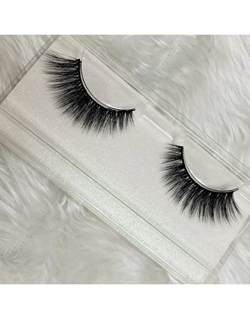 Dramatic Look Eye Lashes