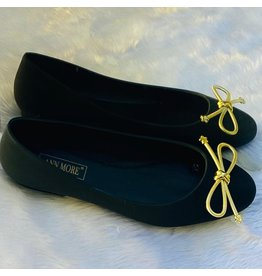 Gift To You Flats Black