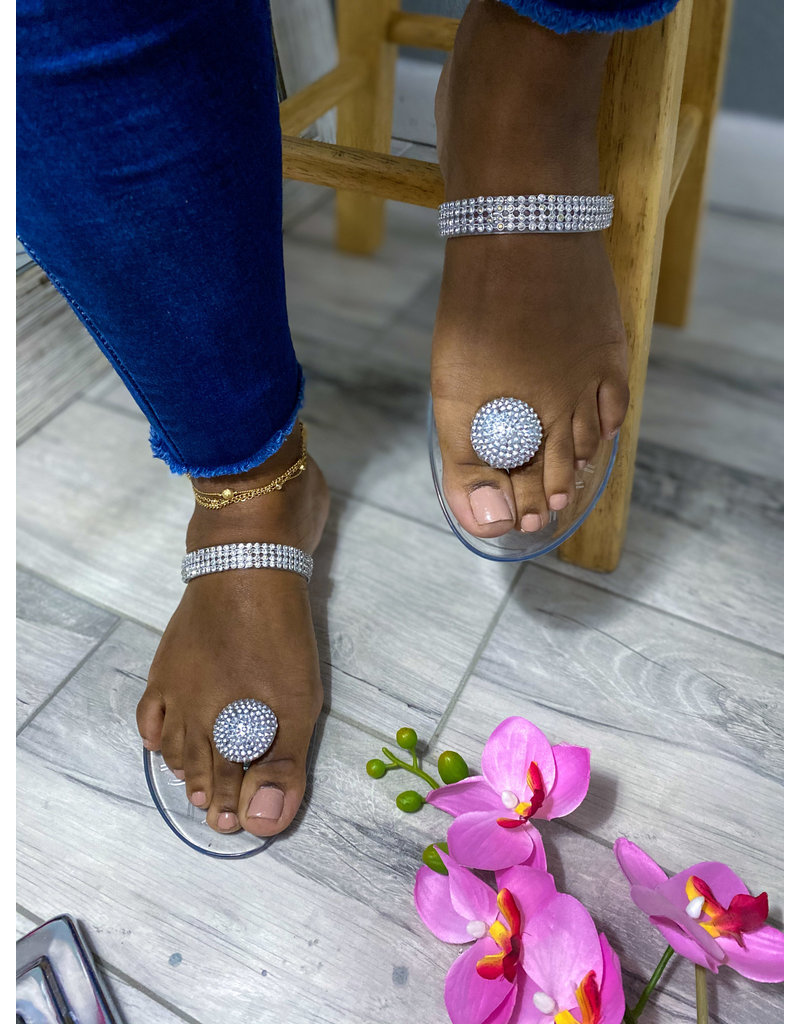 Out Shine Them Sandals Clear