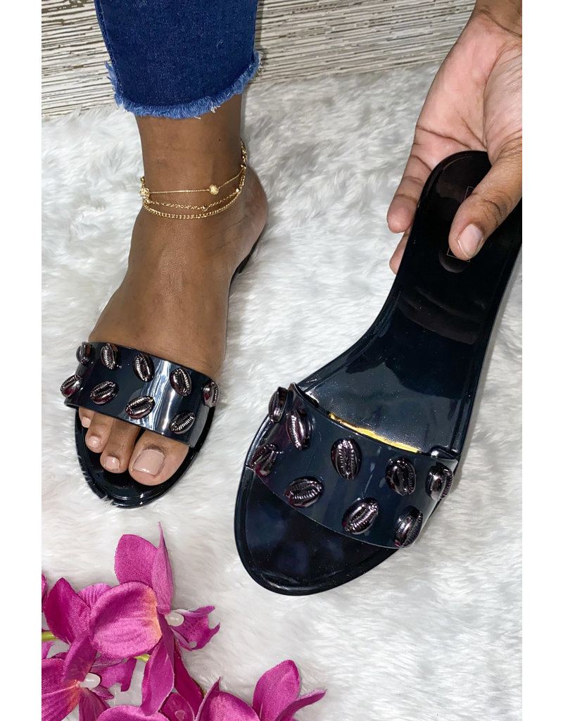 Beach Bum Sandals Black