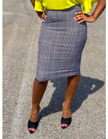 What The Houndstooth Pencil Skirt