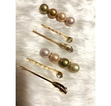 Feathered Pearl Hair Pins