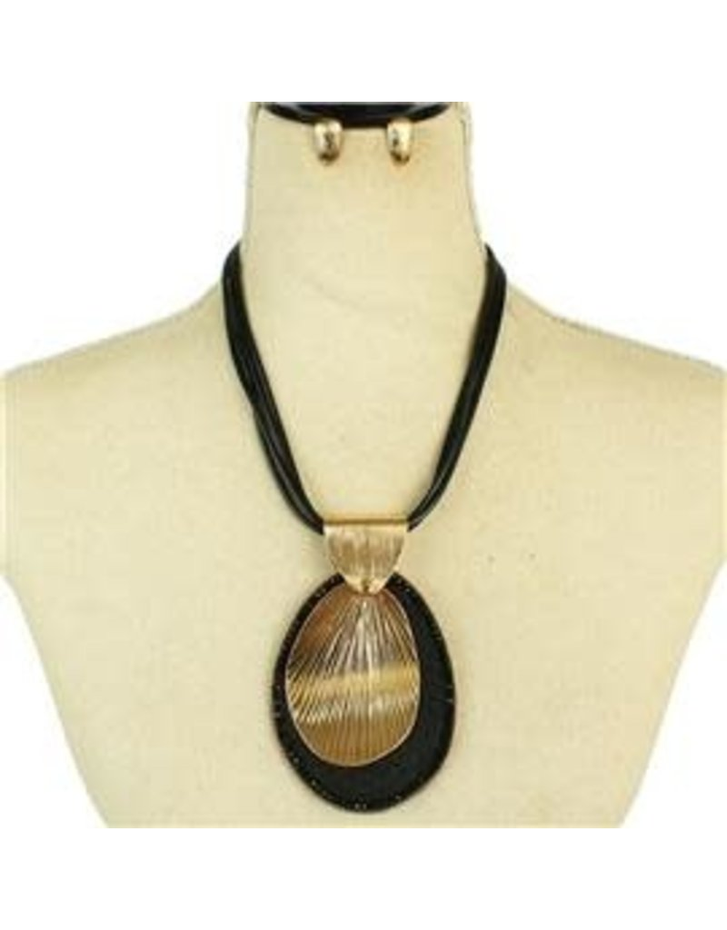 Center Cut Necklace Set - Black