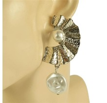 Surround Me Clip-On Earrings - Silver