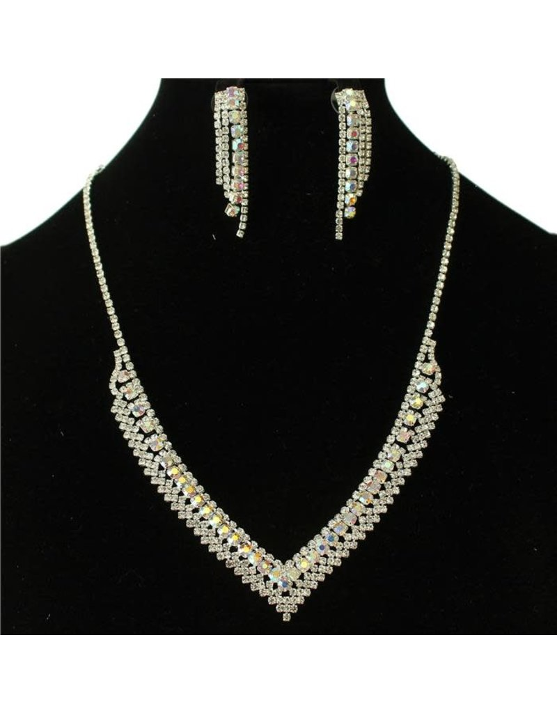 Lookout Rhinestone Necklace Set - Silver Iridescent