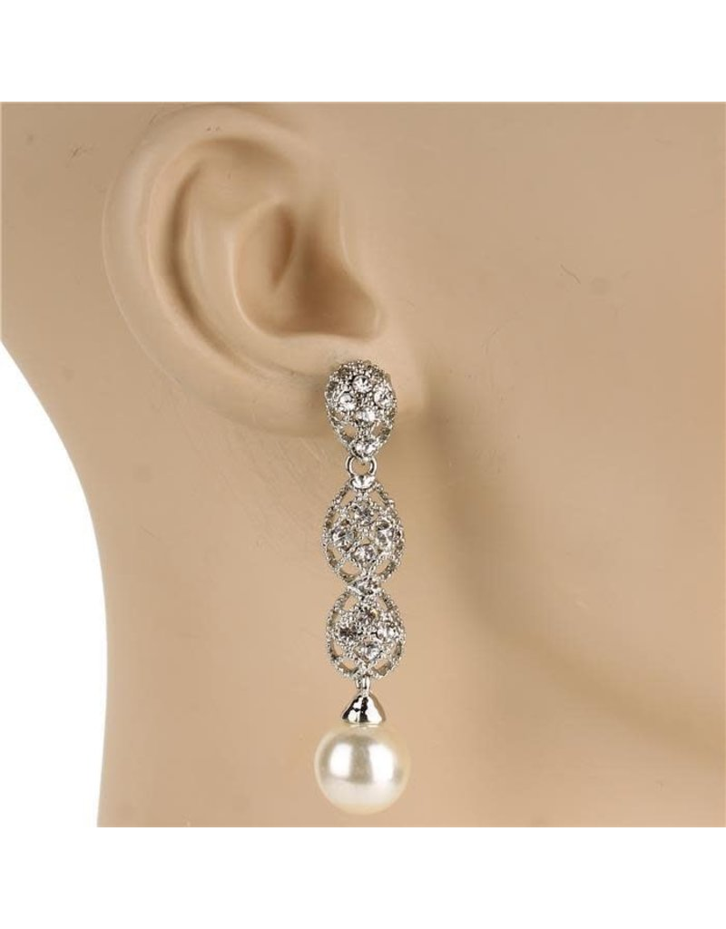 Touch of Pearl Earrings