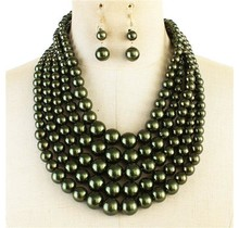 Always Busy Pearl Necklace Set - Olive