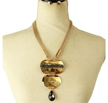 Only You Necklace Set - Gold/Black