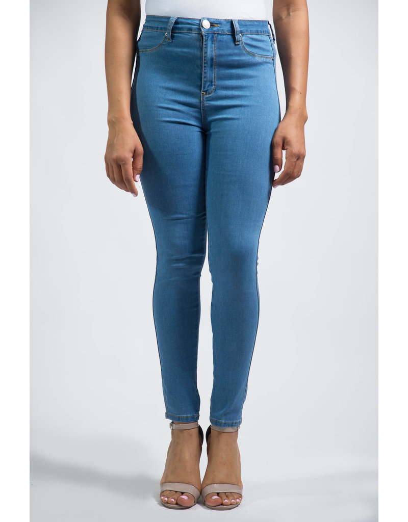 Stress Free High Waist Jeans - MEDIUM WASH