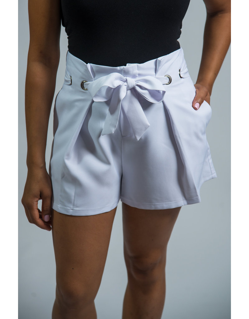 In My Bag Paperbag Shorts - WHITE