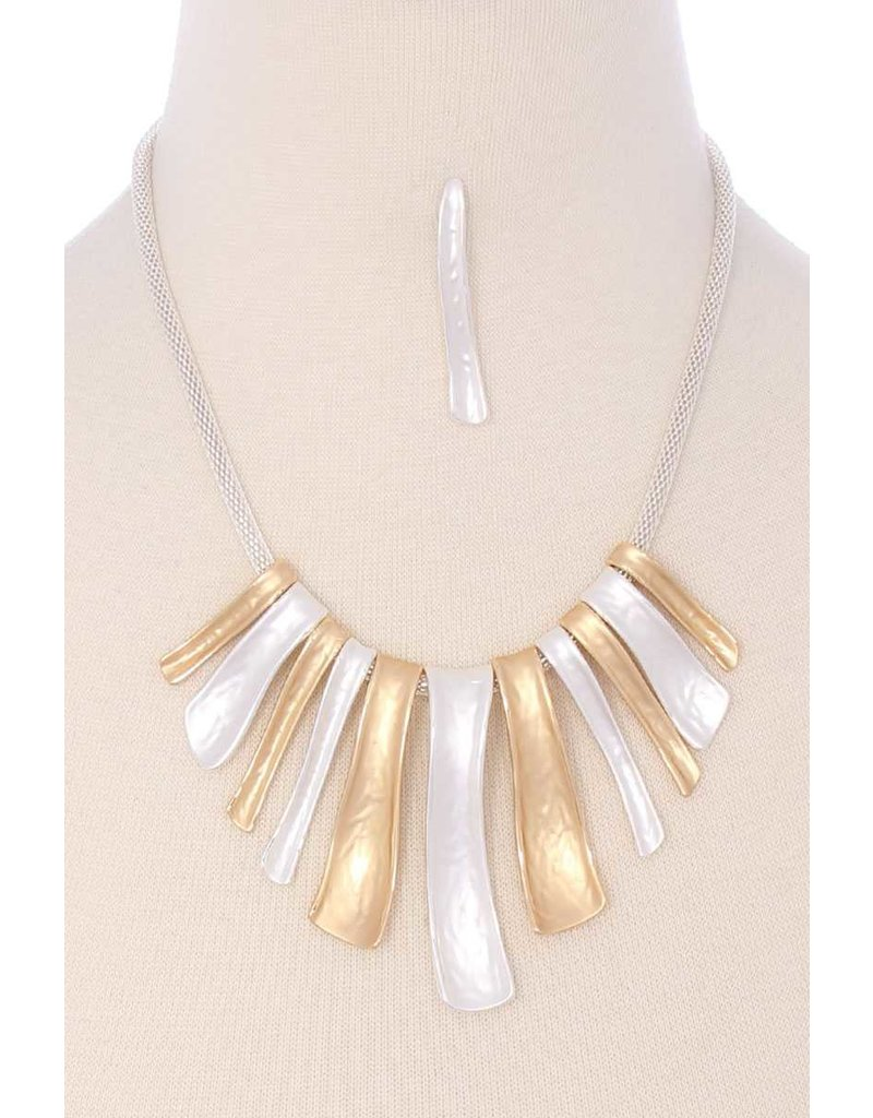 Flat Out Necklace Set - Silver