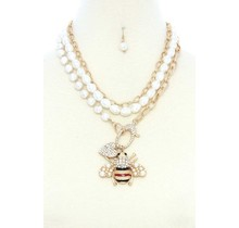 Bee-loved Pearl Necklace Set