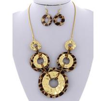 Safari Hunt Necklace Set