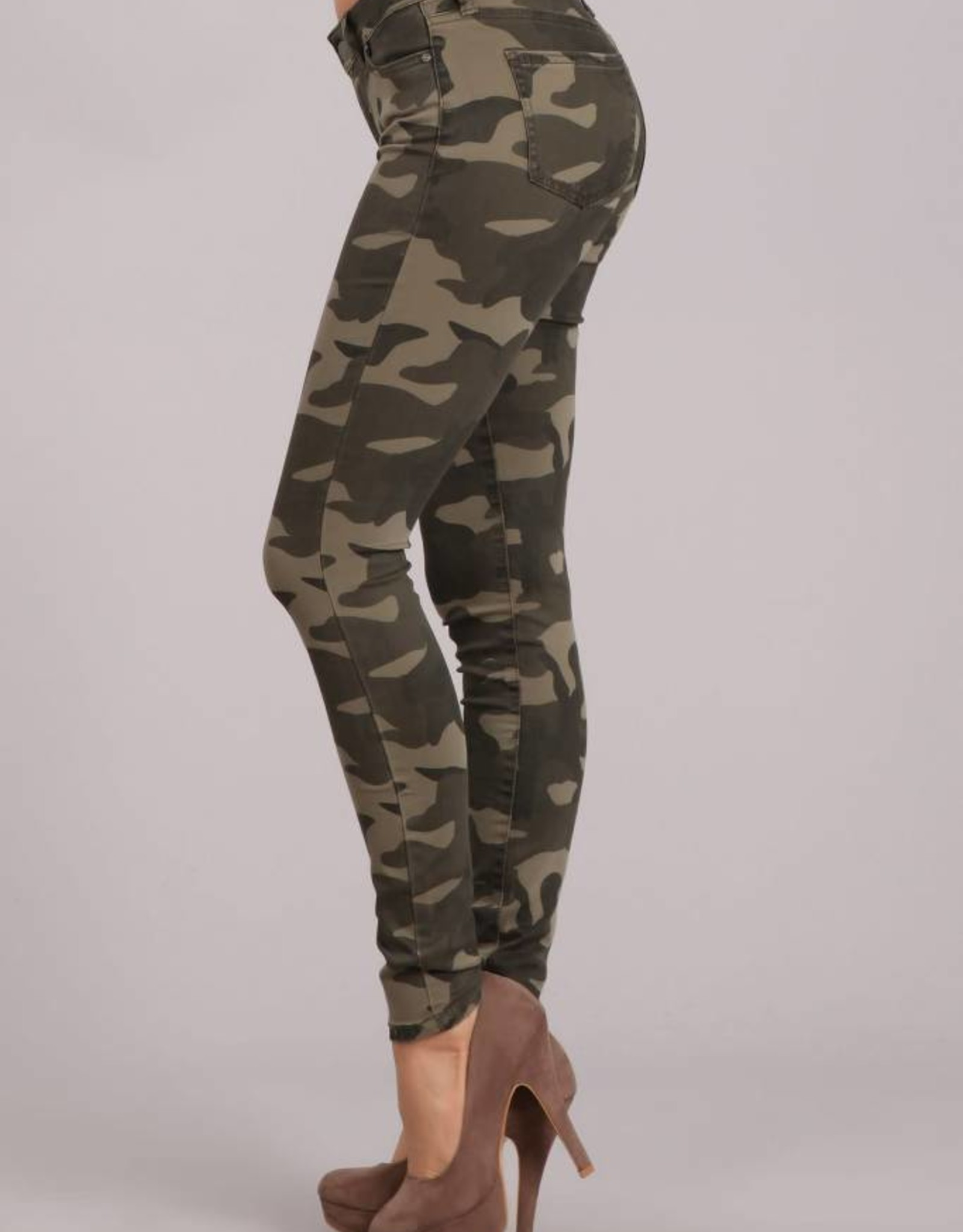 Camouflage Mid Rise Skinny Pants