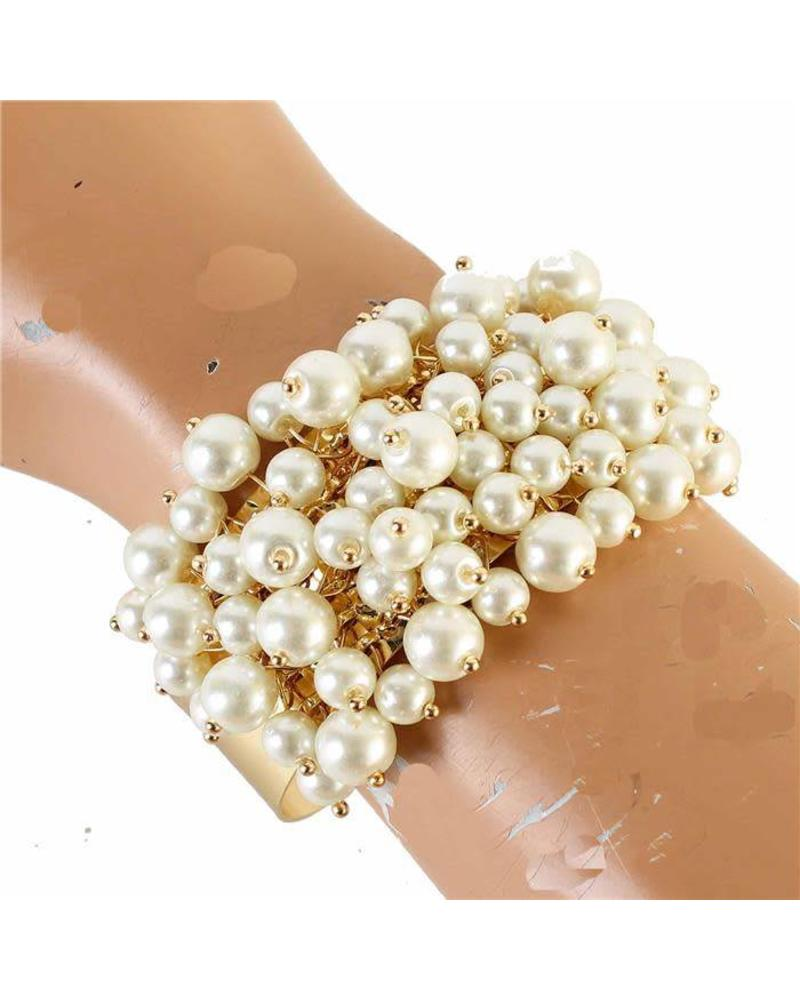 Pearls Galore Bracelet