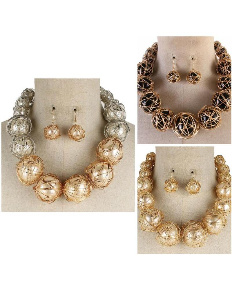 All Wrapped Up Necklace Set