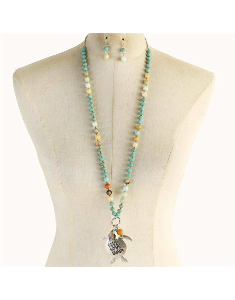 Live Love Necklace Set