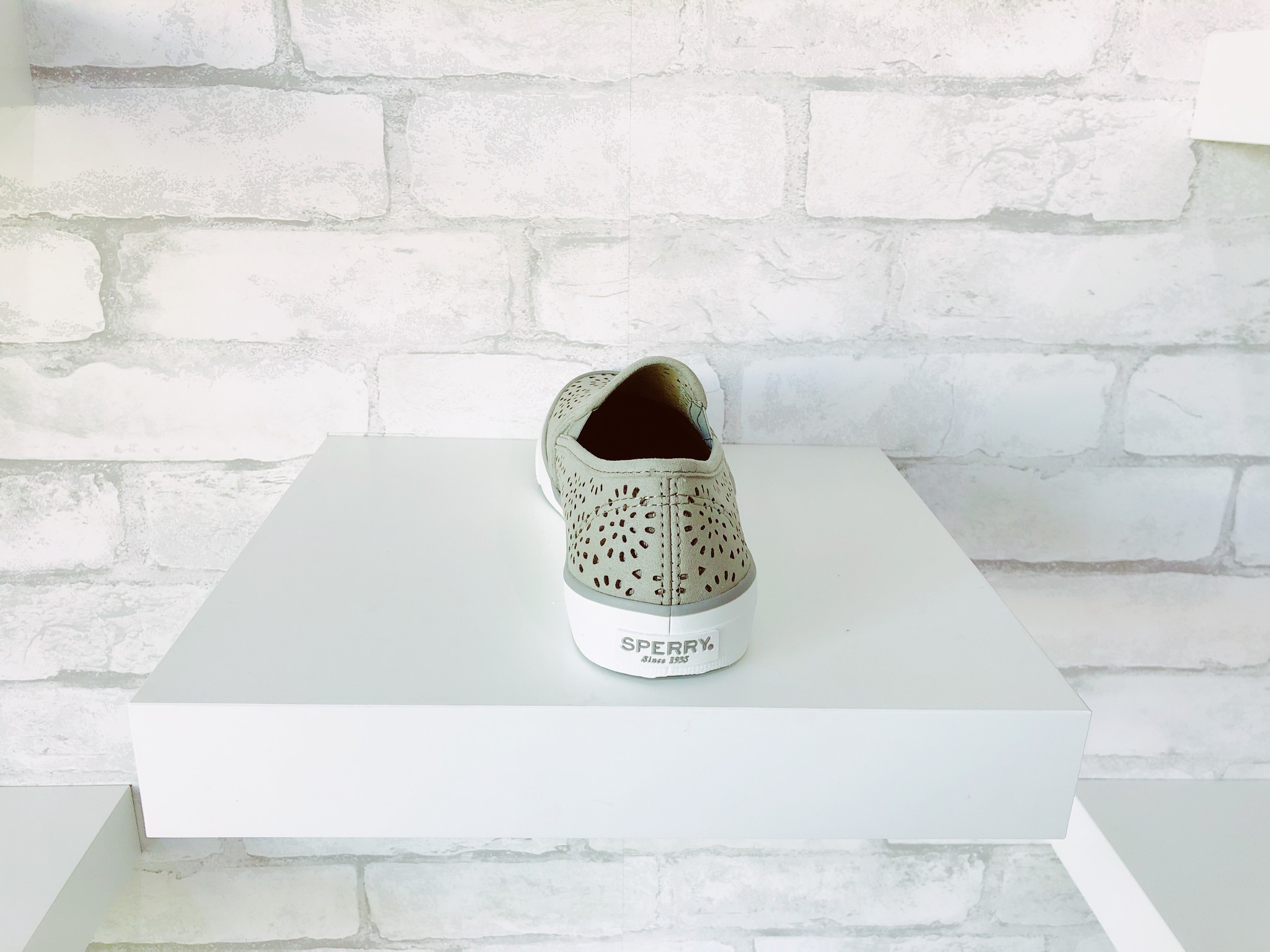 Sperry Seaside Perforated Grey