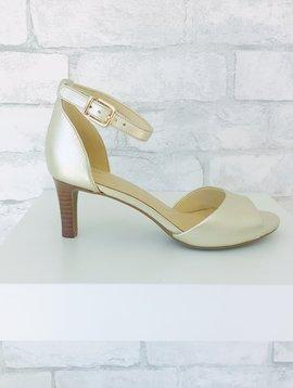 6c2d9f30c8d9 Women s Footwear - SOLE Shoes Inc.