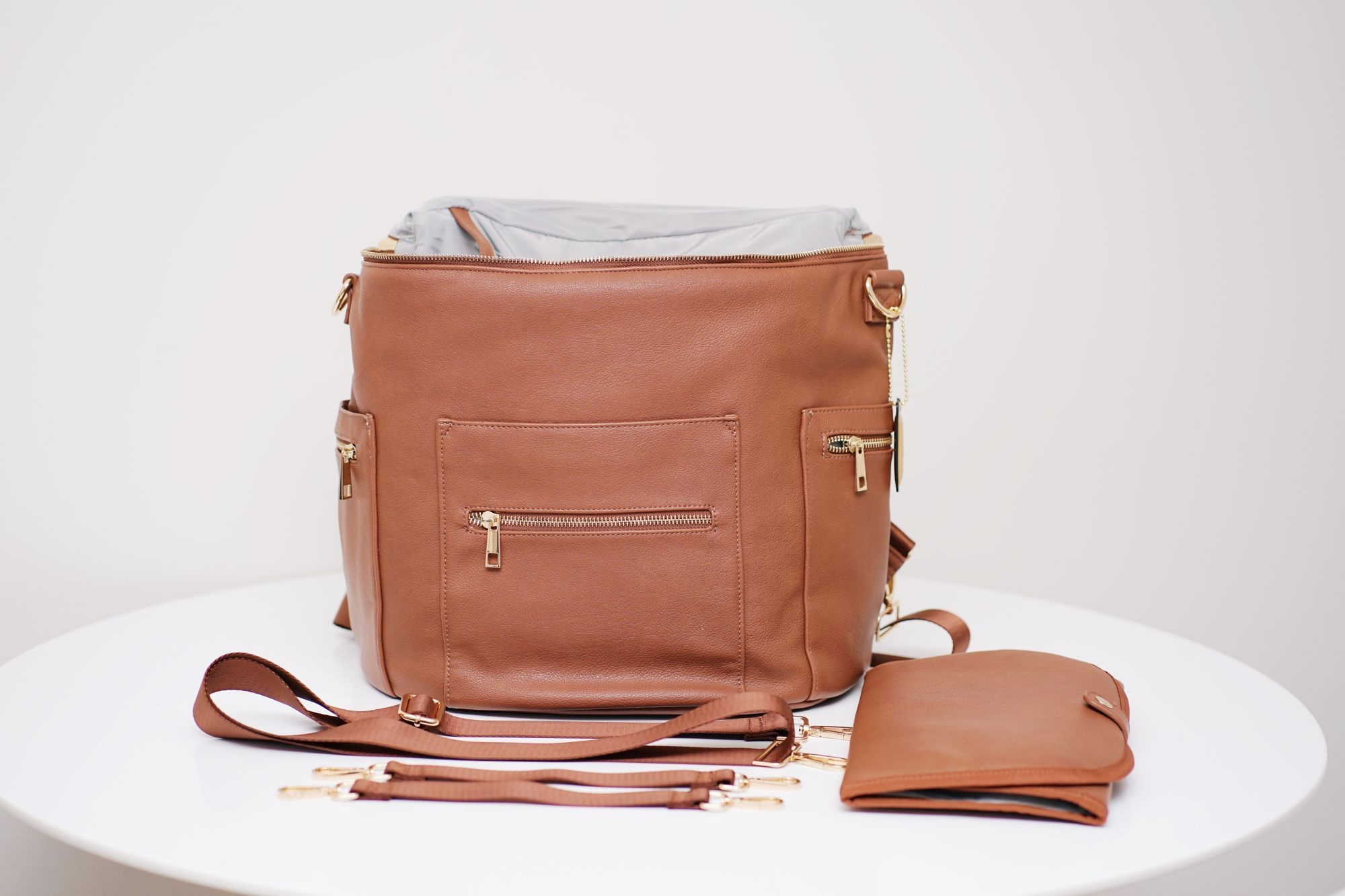 De Luxe & Co. Diaper/Anytime Bag Brown