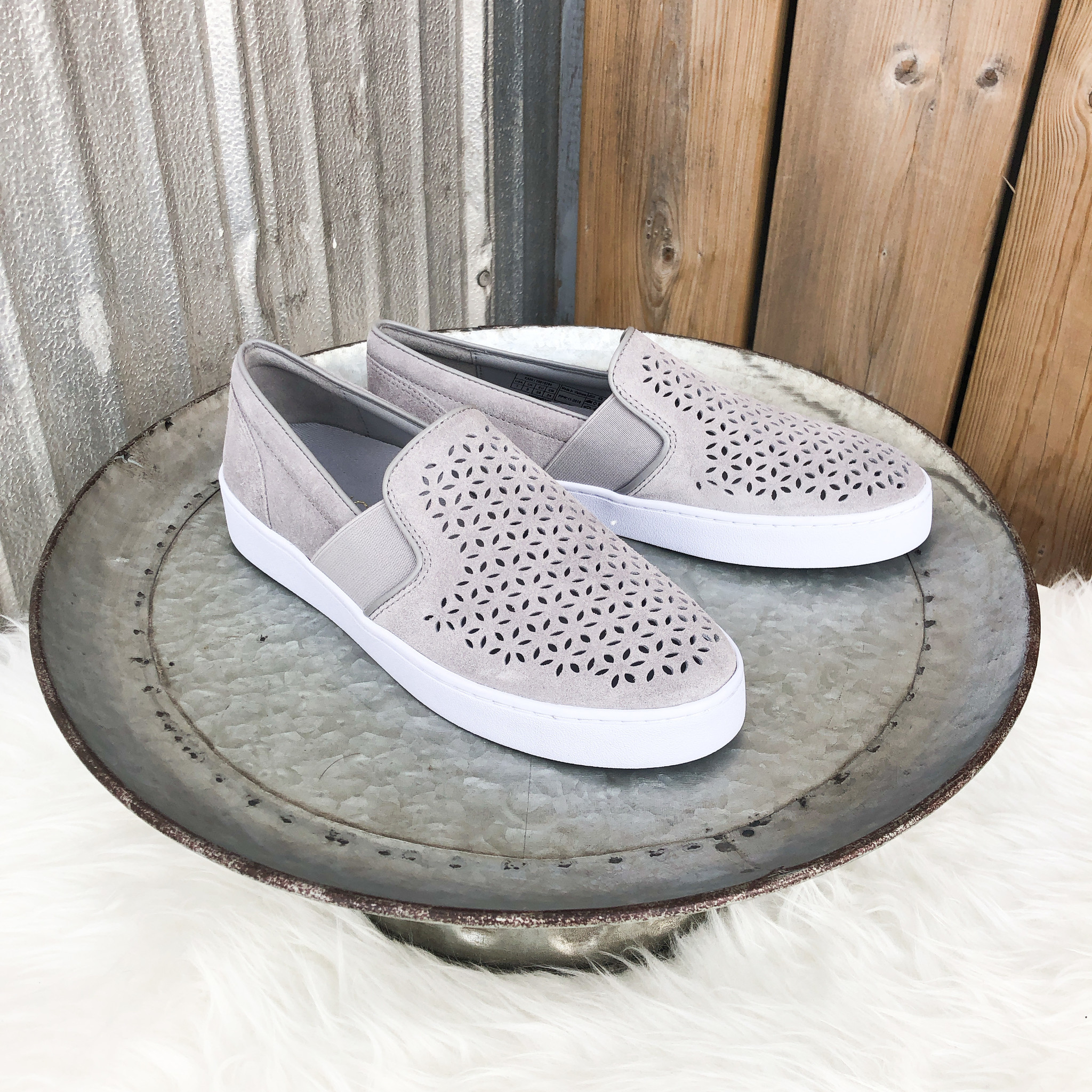 Vionic Kani Light Grey