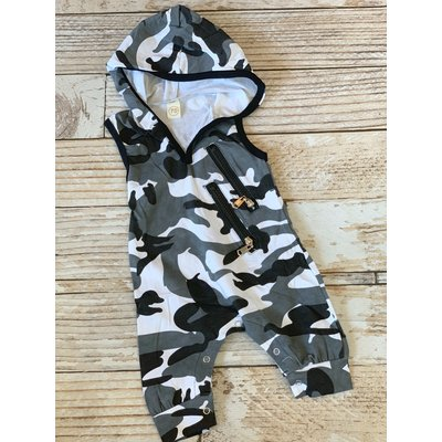 Lincoln&Lexi Camoflauge Hooded Romper