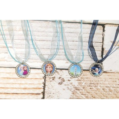 FROZEN THIN NECKLACE.NAVY