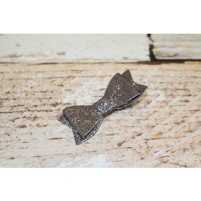 """3"""" Solid Glitter Bow Clip"""