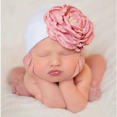 iLYBEAN White Hat with Layered Pink Silk Flower with Pearl Rhinestone Center Newborn