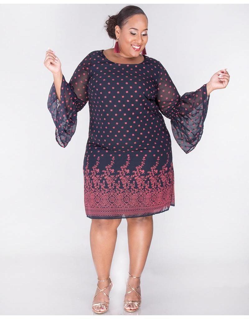 Signature FAIRUZA- Plus Size Placement Print Three Quarter Sleeve Dress