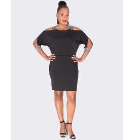 Sandra Darren IVARO - Cold Shoulder Long Sleeve Dress