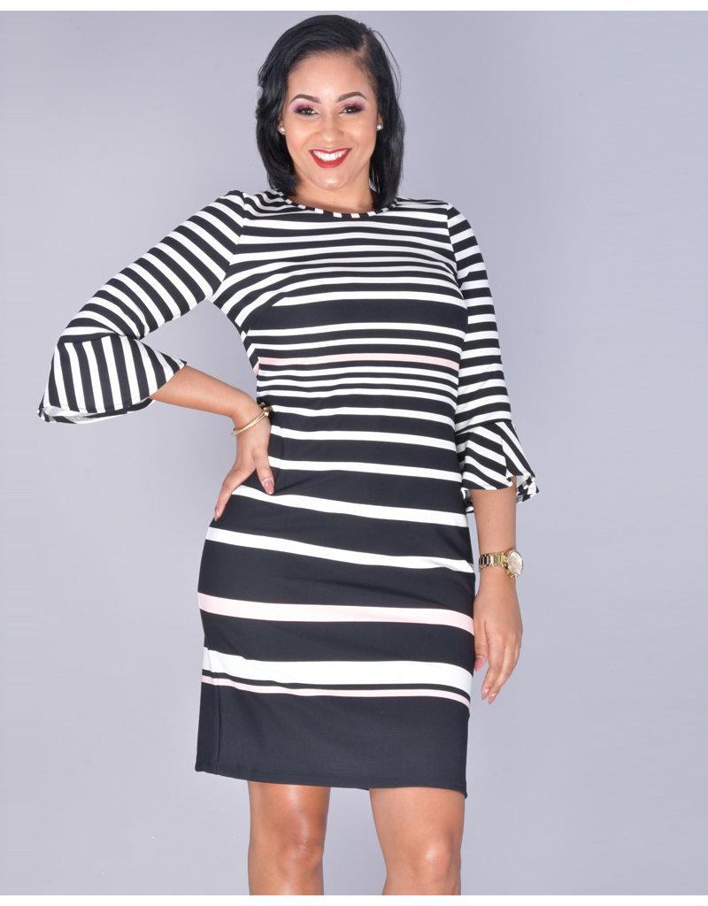 PAMELA-Trumpet 3/4 Sleeve Print Dress