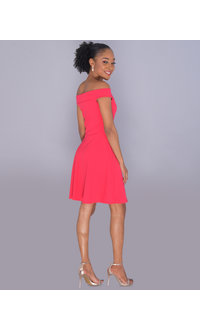 RESHAUNDA- Petite Off-Shoulder Crepe Dress