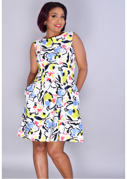 UDULCIA- Printed Round Neck Dress with Steam Pleats