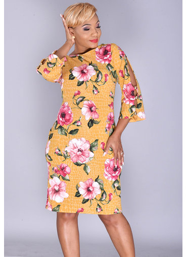 Shelby & Palmer ROKSANA- Floral Print Dress with 3/4 Sleeve and Pearls