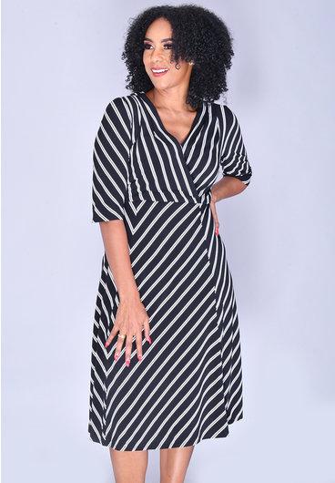 Signature YAFFA- Fit and Flare 3/4 Sleeve Dress