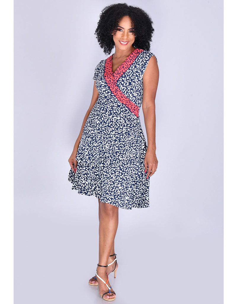Signature IWONDA- Printed Faux Wrap Dress