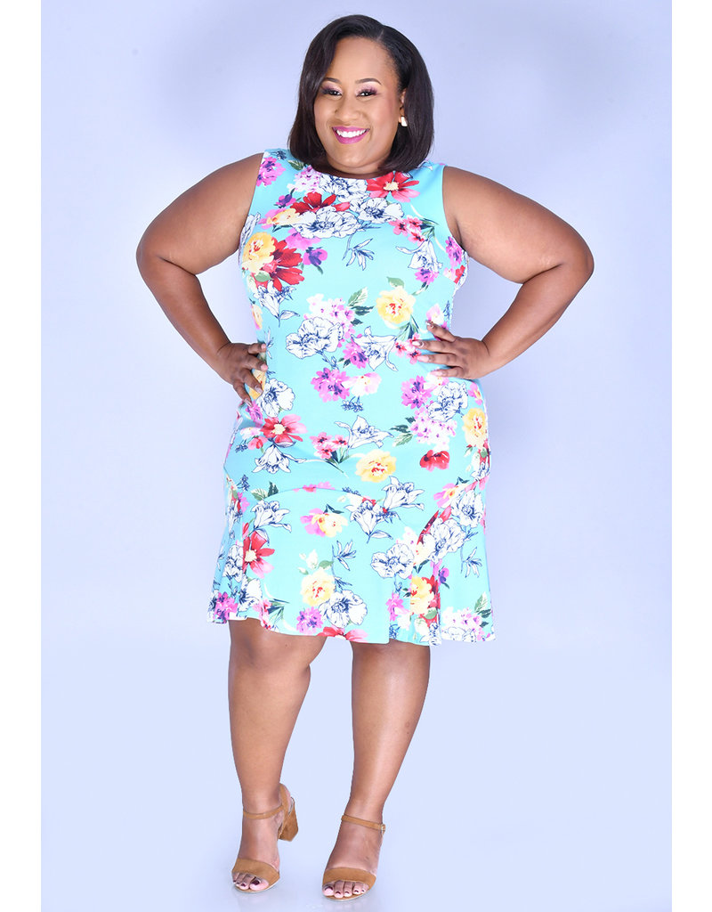 Shelby & Palmer RENNIA- Plus Size Printed Dress with Ruffle Accent