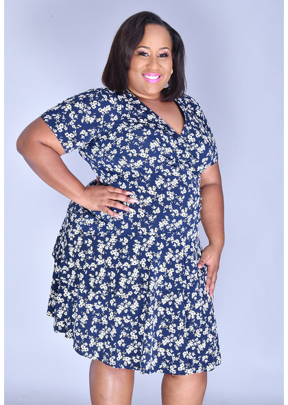 Signature INGU- Plus Size Printed Ruffle Dress