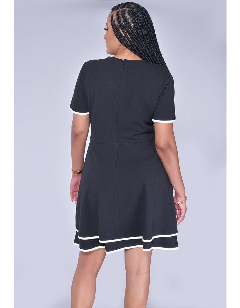 RAFI- Short Sleeve Contrast Trim Dress