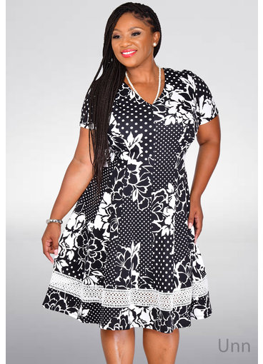 Signature UNN- Printed Short Sleeve Fit & Flare Dress